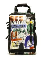 backpack-art-recycled-barcelona-0